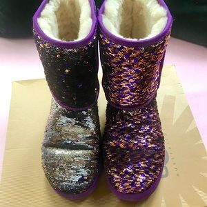 UGGS SEQUIN PURPLE REVERSIBLE SIZE 8 W/ BOX - RARE